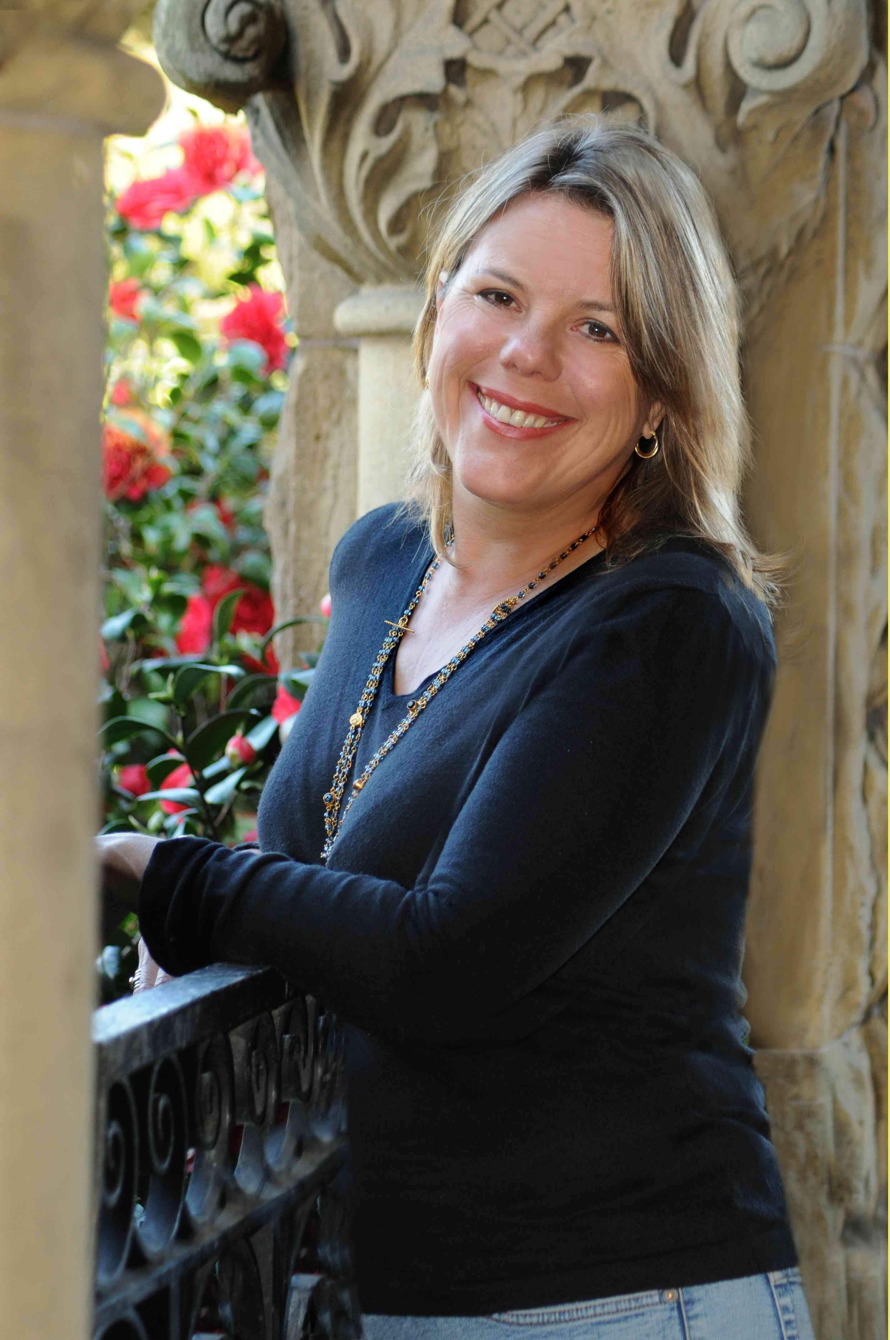 Laura Fraser author