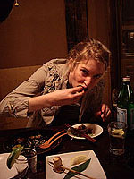 Elizabeth_eating_at_Gonpachi.JPG
